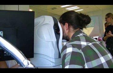 Der Freeskier Mario Gattinger in der iClinic